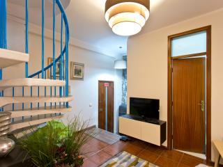 OPORTO RIBEIRA TRIPLEX - Porto vacation rentals