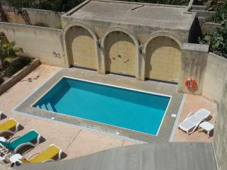 Bright 4 bedroom House in Xewkija with Internet Access - Xewkija vacation rentals