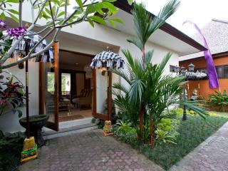Green Peace Indah Villa 1, 2Br - Tabanan vacation rentals
