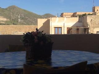 2 bedroom Condo with A/C in Favignana - Favignana vacation rentals