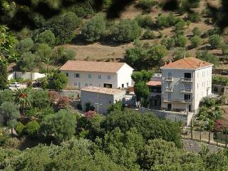 Domaine les Orangers  T2  entre  Mer et Montagne - Sarthe vacation rentals