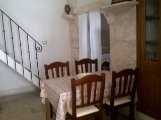 Le Piccole Case Bianche - Casa Riccardo - Ostuni vacation rentals