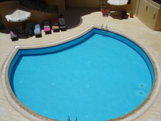 Modern 1 Bed (302), Prime Location, Hurghada - Hurghada vacation rentals