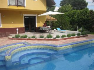 Hannabella Apartment with pool - Zamardi vacation rentals