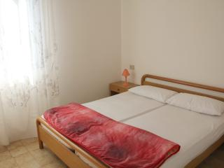 Nice Apartment with A/C and Television - Bibione Pineda vacation rentals
