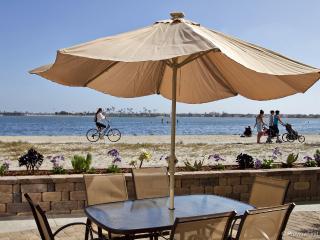 SAIL BAY SPLENDOR in a cozy bay front complex - San Diego vacation rentals