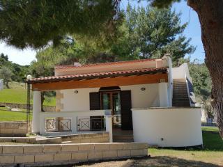 Villetta Roberto - Pugnochiuso Resort Vieste - Pugnochiuso vacation rentals