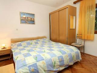 Hvar apartmani A2 Ivan Dolac - Ivan Dolac vacation rentals