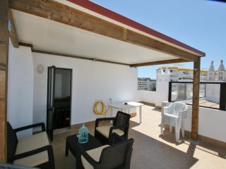Solar Dos Vilarinhos - Two Bed Apartment / Air Con - Albufeira vacation rentals