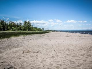 Beach Getaway - Wasaga Beach vacation rentals