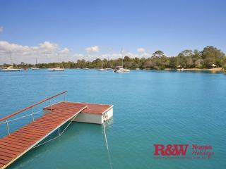 Perfect 5 bedroom House in Noosa - Noosa vacation rentals