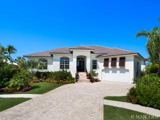 AZUL OASIS - The Apitome of a Perfect Island Vacation Rental !! - Marco Island vacation rentals