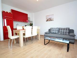 Bright 2 bedroom Condo in Liznjan with Internet Access - Liznjan vacation rentals