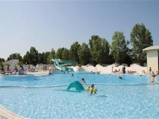 Holiday Chalet on 4 star Campsite l'Atlantique - Angles vacation rentals