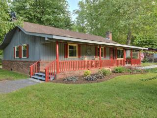 Shady Creek on Bold Jonathan Creek - Maggie Valley vacation rentals