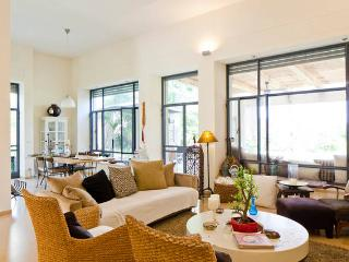 1 bedroom Villa with Internet Access in Hod Hasharon - Hod Hasharon vacation rentals