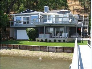 Beautiful Waterfront Home on Clear Lake - Clearlake vacation rentals
