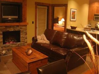 Fernie Timberline Lodge 1 Bedroom Platinum Condo - Fernie vacation rentals