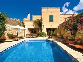 Perfect 3 bedroom Villa in Sanat - Sanat vacation rentals