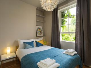 Beautiful flat in heart of Camden Town - London vacation rentals