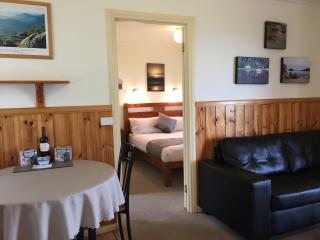 Promhills Cabins - One Bedroom Cabin - Tidal River vacation rentals