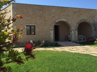 Nice Villa with A/C and Long Term Rentals Allowed (over 1 Month) - Carpignano Salentino vacation rentals