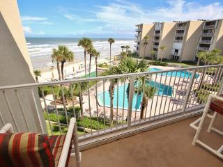 Pelican 404B - New Smyrna Beach vacation rentals