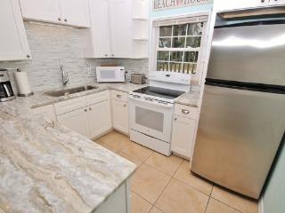 Bright House with Internet Access and Shared Outdoor Pool - New Smyrna Beach vacation rentals