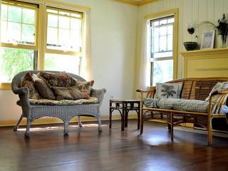 Historic Cottage near Downtown and Beaches - Fort Pierce vacation rentals