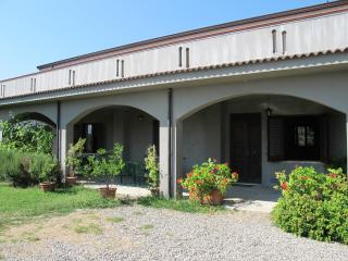 3 bedroom House with Television in Staletti - Staletti vacation rentals