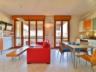 Wonderful open space w/terrace - Bologna vacation rentals