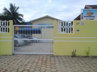 Apartamentos em Ubatuba na Praia de Maranduba - Ubatuba vacation rentals