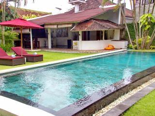 Mauris 3BR Villa, Near Seminyak* - Kerobokan vacation rentals