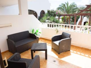 T244. Apartment in Costa Teguise. - Costa Teguise vacation rentals