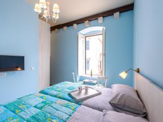 NEW! OLD TOWN STRADUN VIEW EN SUITE ROOM no.3 - Dubrovnik vacation rentals