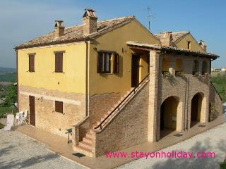 Come to us to discover the beauty of Marche ! - Cossignano vacation rentals