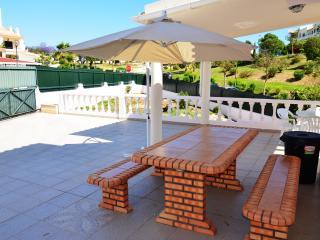 Villa Krishan - Garage - wifi - Albufeira - Albufeira vacation rentals