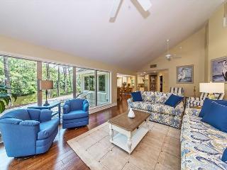 Slack Tide 6, 4 Bedrooms, Lagoon View, Pet Friendly, Sleeps 11 - Hilton Head vacation rentals