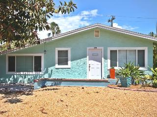 Nice House with Deck and Internet Access - Fort Myers Beach vacation rentals