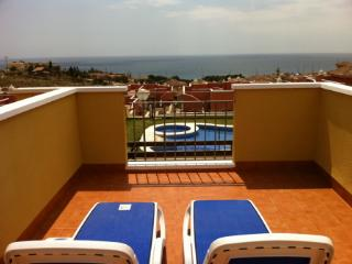 MH06 - Lovely 2 Bed 2 Bath Villa, Sea views - Isla Plana vacation rentals
