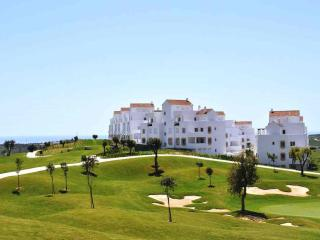 Bright Condo with Internet Access and Shared Outdoor Pool - Estepona vacation rentals