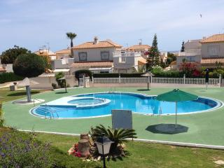 2 Bedroom Apartment, 1 Bathroom, Sleeps 4 - Torrevieja vacation rentals