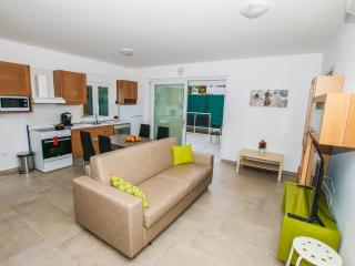 Apartments with pool (A2) - Funtana vacation rentals