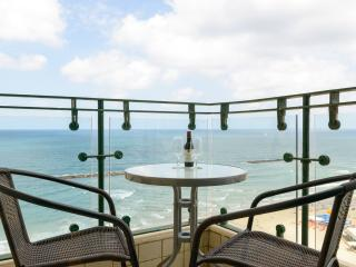 Sea Pearl - 1 Bedroom Sea-View Apartment - Tel Aviv vacation rentals