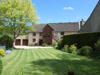 Large Luxurious 5 Star Rated Cotswold Barn - Shipton Oliffe vacation rentals
