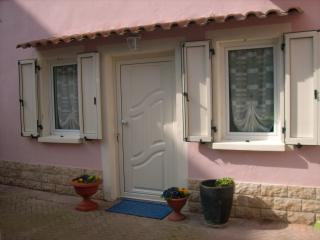 1 bedroom Condo with Washing Machine in Bellariva - Bellariva vacation rentals