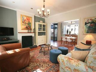 Superior One Bedroom Apartment - Cape Town vacation rentals