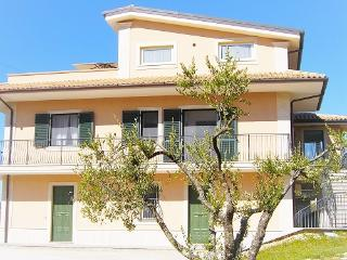Beautiful Villa with Balcony and Mountain Views - Atina vacation rentals
