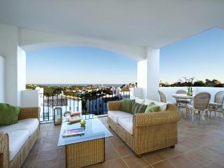 3 bedroom apartment near Marbella & Puerto Banus - Marbella vacation rentals