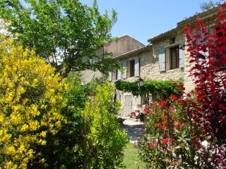 3 bedroom Gite with Television in Velleron - Velleron vacation rentals